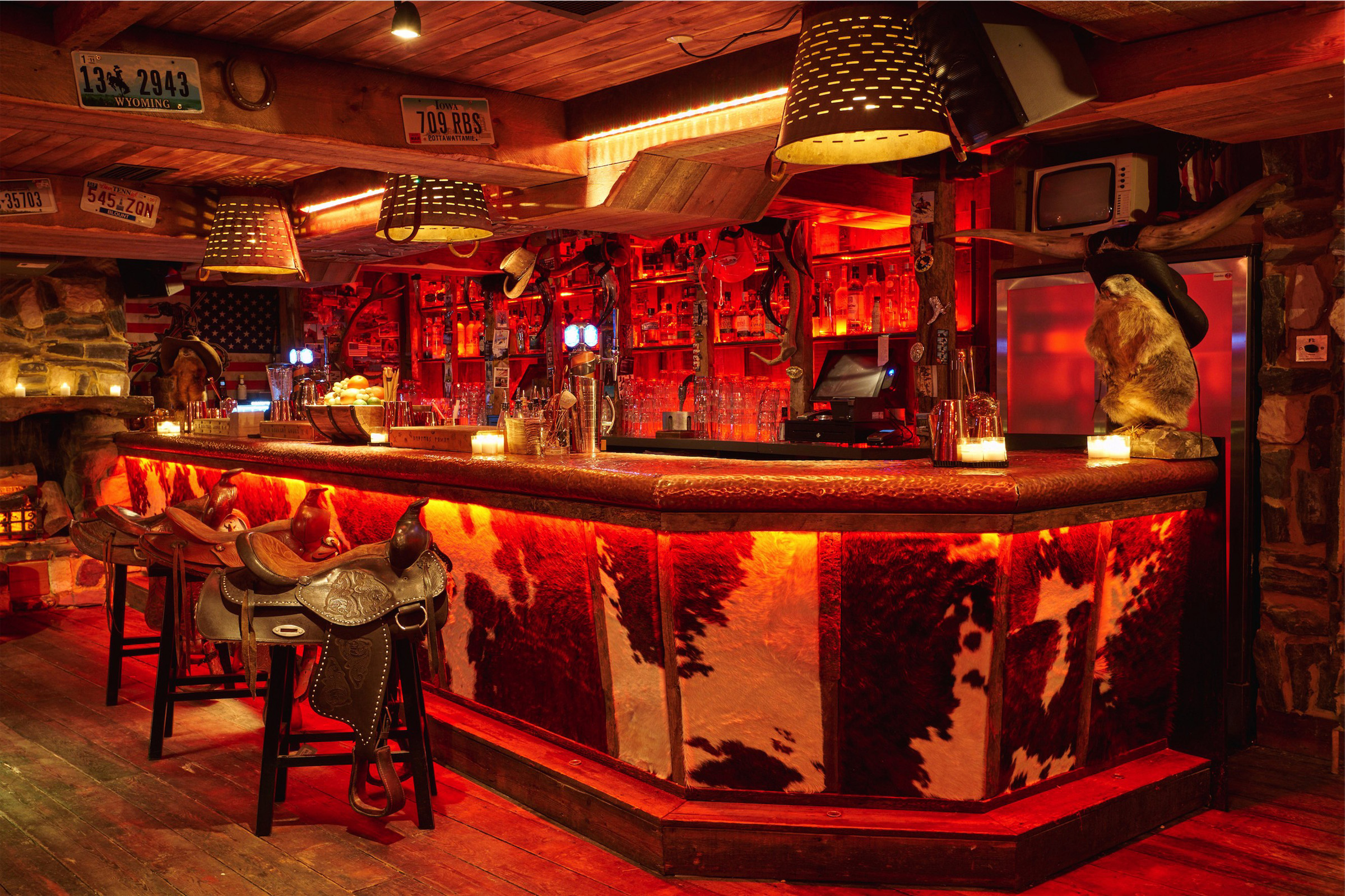 Interior shot of the bar at Beaver Lodge